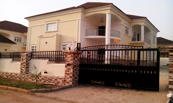 4 Bedroom Duplex | Fort Royal Homes